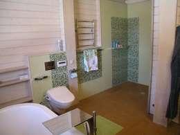 Московская область, Голыгино: Ванные комнаты в . Автор – архитектурная мастерская МАРТ