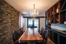 eclectic Dining room by ESTUDIO TANGUMA
