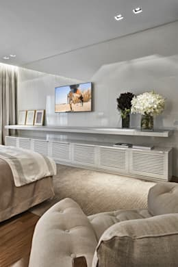غرفة نوم تنفيذ Alessandra Contigli Arquitetura e Interiores