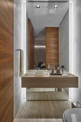 حمام تنفيذ Alessandra Contigli Arquitetura e Interiores