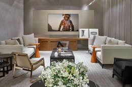 غرفة الميديا تنفيذ Alessandra Contigli Arquitetura e Interiores
