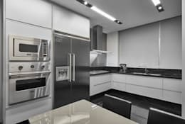 Кухни в . Автор – Alessandra Contigli Arquitetura e Interiores
