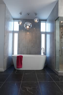 ZT Residence Interiors : modern Bathroom by Unit 7 Architecture