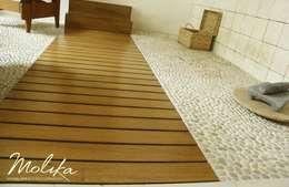Escaleras y Pisos: Pasillos y recibidores de estilo  por MOLIKA