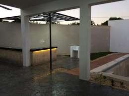 泳池 by Constructora Asvial - Desarrollador Inmobiliario