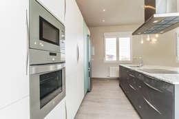 Cozinhas modernas por Casas Arquicenter ®
