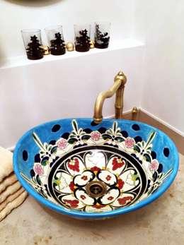Ovales Mexikanisches Waschbecken Tulum im Ethno-Stil in Blau-Türkis: ausgefallene Badezimmer von Mexambiente e.K.