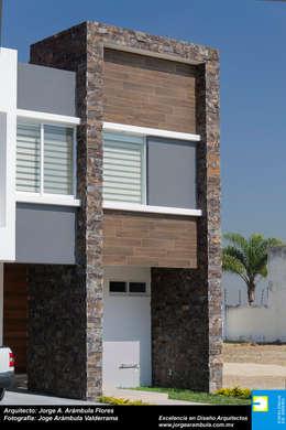 INGRESO: Casas de estilo minimalista por Excelencia en Diseño