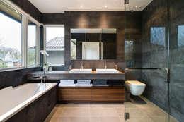 Projekty,  Łazienka zaprojektowane przez Alice D'Andrea Design