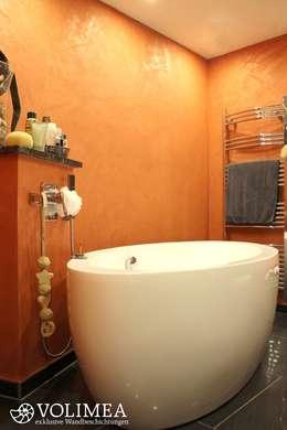 Baños de estilo mediterraneo por Volimea GmbH & Cie KG
