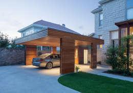 Nhà để xe/Nhà kho by studioWTA
