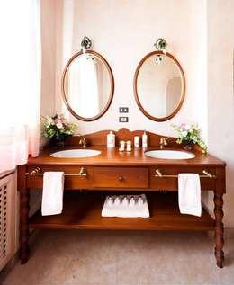 classic Bedroom by STUDIO CERON & CERON