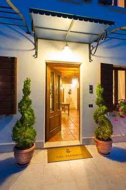 classic Houses by STUDIO CERON & CERON