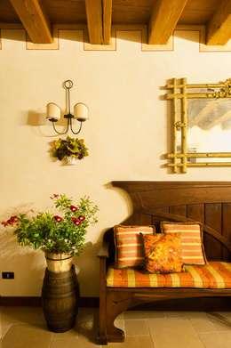 classic Living room by STUDIO CERON & CERON