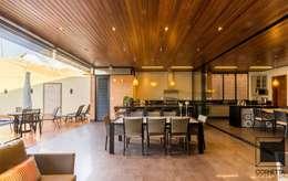 modern Houses by Cornetta Arquitetura