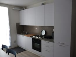 Cucina: Cucina in stile in stile Moderno di Space contract
