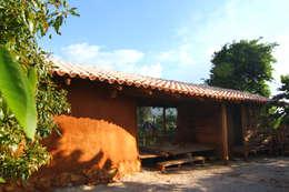 Casas de estilo rústico por Juan Carlos Loyo Arquitectura