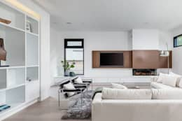 New Build-Staging: modern Living room by Frahm Interiors