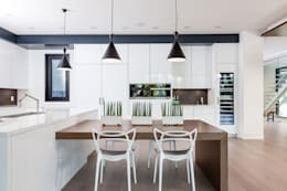 New Build-Staging: modern Kitchen by Frahm Interiors