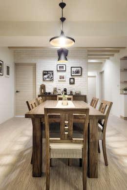 scandinavian Dining room by 唯創空間設計公司
