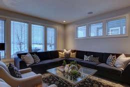 57 Paintbrush Park: modern Living room by Sonata Design