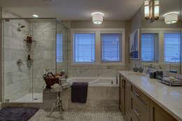57 Paintbrush Park: modern Bathroom by Sonata Design