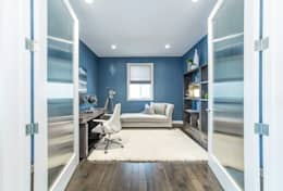 Broadview Showhome: modern Study/office by Sonata Design