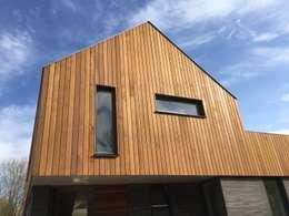 Gele Lis: moderne Huizen door Architect2GO
