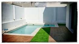 Casas de estilo moderno por RENHOGAR