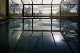 Vivienda Unifamiliar: Spa de estilo moderno por Sidoni&Asoc