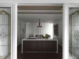 英式古典情挑:  餐廳 by 大荷室內裝修設計工程有限公司