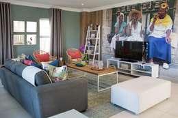 Salas de estilo topical por Blaque Pearl Lifestyle