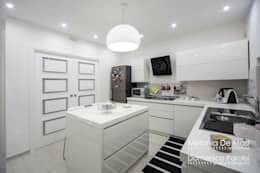 Cozinhas modernas por melania de masi architetto