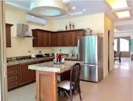 eclectische Keuken door Ambar Consultores Arquitectos