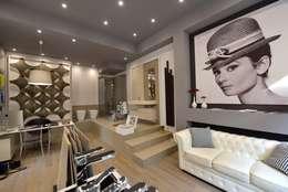 Tiendas y espacios comerciales de estilo  por La Posa Style