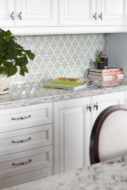 klasieke Keuken door Design Inspirations