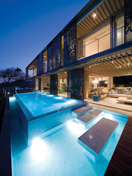 La Lucia: eclectic Pool by ARRCC