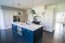 Кухни в . Автор – Concept Eight Architects