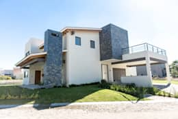 房子 by Arquitectura MAS