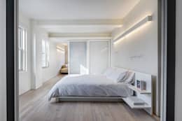 Master Bedroom: modern Bedroom by Lilian H. Weinreich Architects