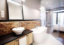 industrial Bathroom by Kołodziej & Szmyt Projektowanie wnętrz
