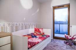 modern Nursery/kid's room by Perfect Space