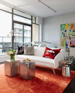 Living Room: modern Living room by Douglas Design Studio