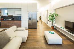 غرفة المعيشة تنفيذ PLUS ULTRA studio