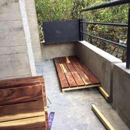 Deck modular Tzalam: Terrazas de estilo  por L&G Arquitectos