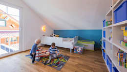 moderne Kinderkamer door KitzlingerHaus GmbH & Co. KG