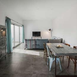 minimalistic Living room by FAQ arquitectura