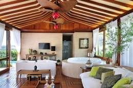 Jardines de estilo  por Quitete&Faria Arquitetura e Decoração