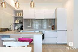 Делаем из однокомнатной квартиры двушку на Голосеевской: Кухни в . Автор – B-design