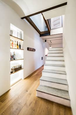 Corridor and hallway by UAU un'architettura unica